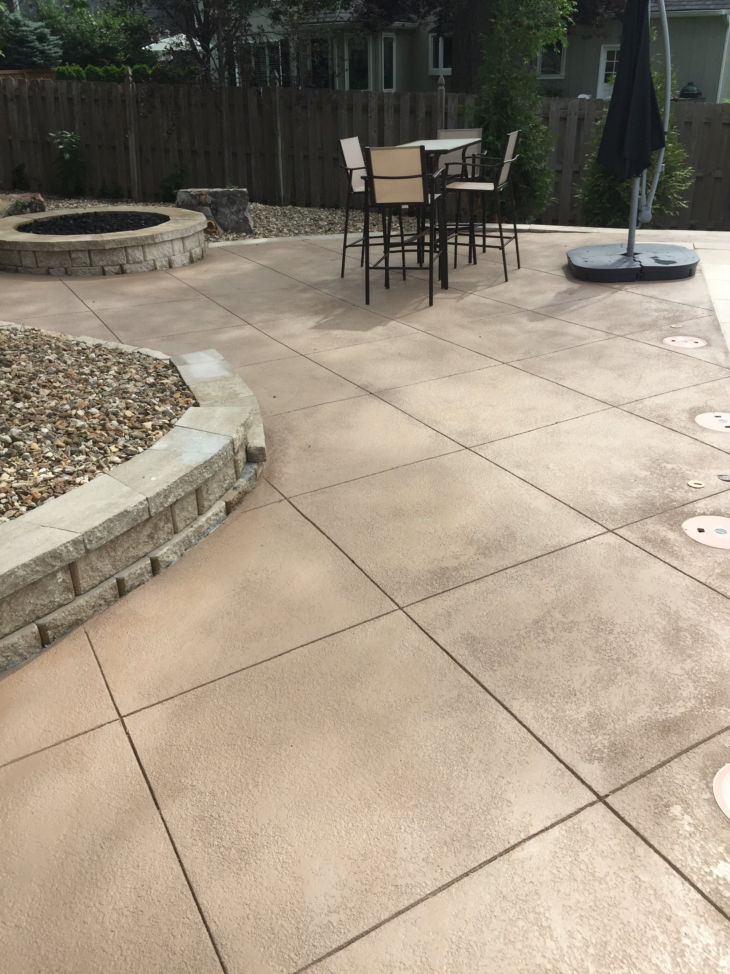 Leo Concrete Cool Deck Overlayment